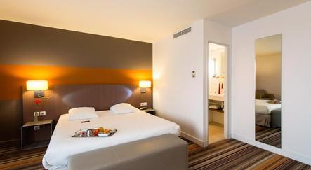 hotel bordeaux mercure bordeaux cit mondiale centre de congr s sur. Black Bedroom Furniture Sets. Home Design Ideas