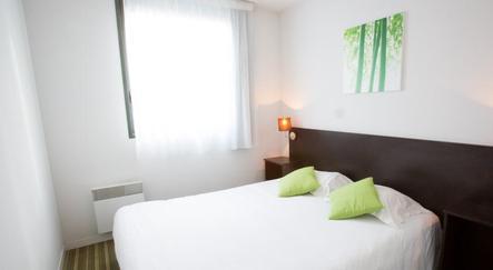 all suites appart h tel bordeaux lac. Black Bedroom Furniture Sets. Home Design Ideas