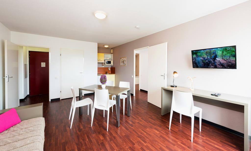 hotel bordeaux t n o apparthotel talence centre. Black Bedroom Furniture Sets. Home Design Ideas