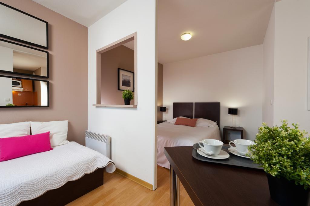 hotel t n o apparthotel bordeaux saint jean. Black Bedroom Furniture Sets. Home Design Ideas