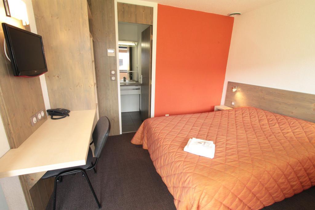hotel bordeaux l 39 etoile bleue. Black Bedroom Furniture Sets. Home Design Ideas