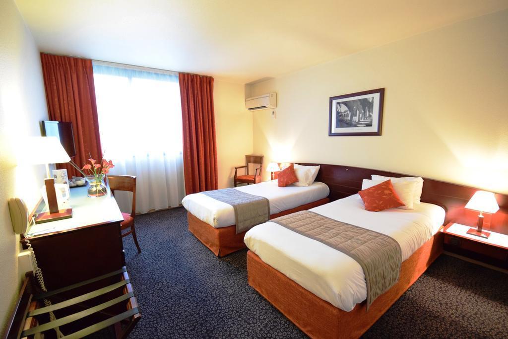 Hotel kyriad prestige bordeaux ouest m rignac for Hotel moderne bordeaux
